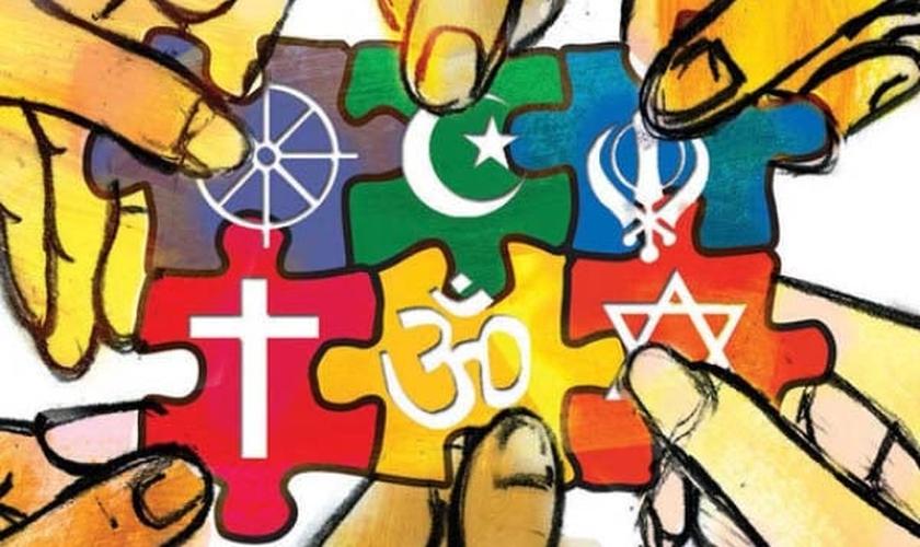Grupos maiores oferecem uma marca supervisionada e engolem grupos menores, que apresentam um novo logotipo, novas cores e uma mesma técnica litúrgica. (Imagem: outlookafghanistan.net)