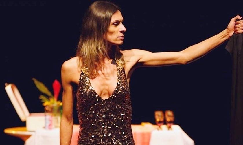 """Na peça, uma atriz transexual interpreta uma """"releitura"""" de Jesus Cristo. (Foto: Estadão)"""
