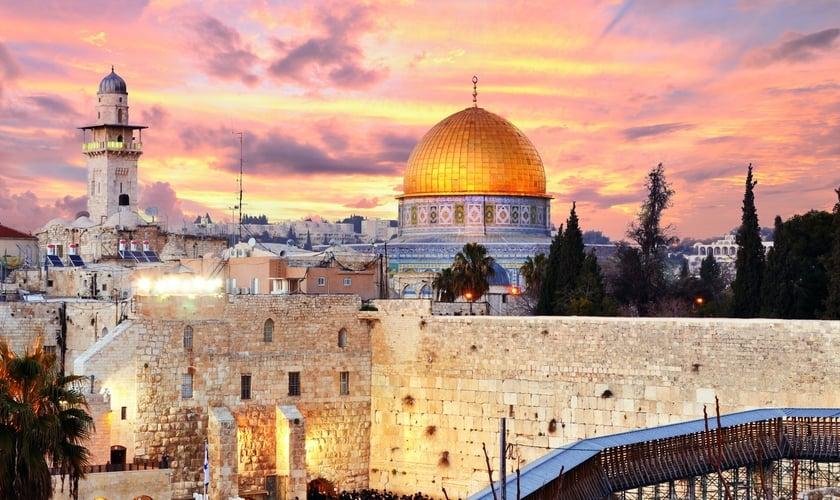 O Monte do Templo é um dos locais considerados sagrados em Jerusalém, que representa a maior disputa entre judeus e árabes. (Foto: Shutterstock)