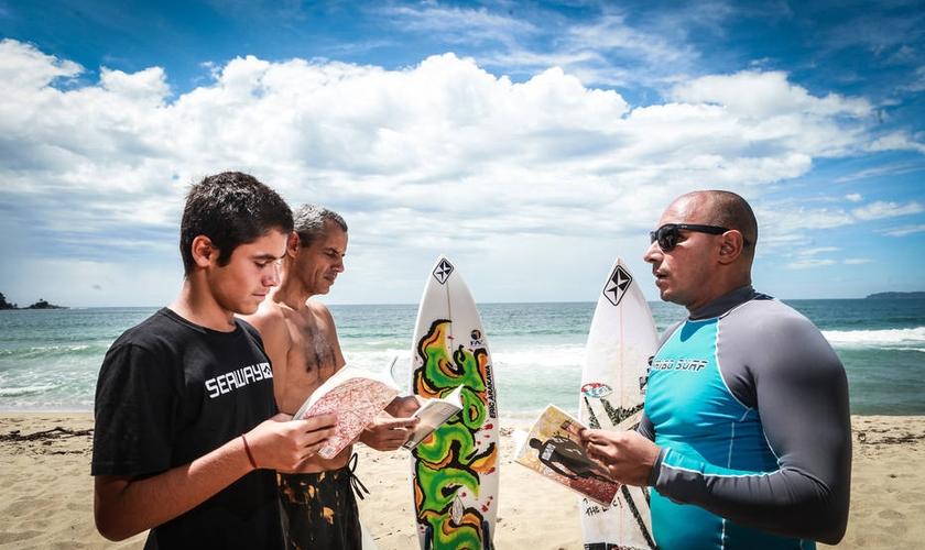 Diego Aguiar, o pastor Tadeu Pereira e Marcos Santos (da esquerda para a direita). (Foto: Werther Santana/Estadão).