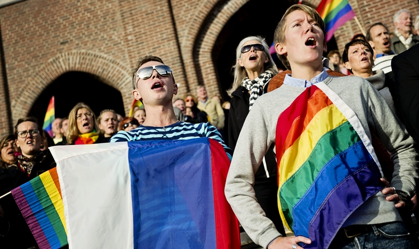 Uma pesquisa realizada nos EUA mostra uma queda de apoio das pessoas aos comportamentos homossexuais. (Foto: AFP).