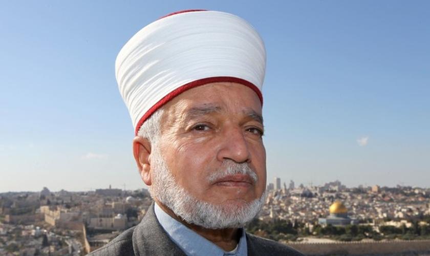 O Grande Mufti da Autoridade Palestina, Muhammad Hussein, alertou sobre uma possível guerra. (Foto: Reprodução)