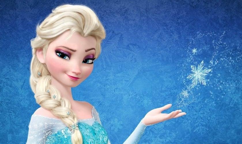"""Rainha Elsa é a personagem principal do sucesso de bilheteria """"Frozen"""". (Imagem: Disney Create Wiki - Fandom)"""