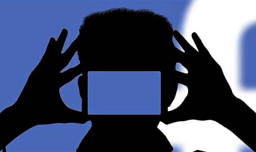 A pesquisa do Facebook gerou grande polêmica. (Imagem: TecMundo)