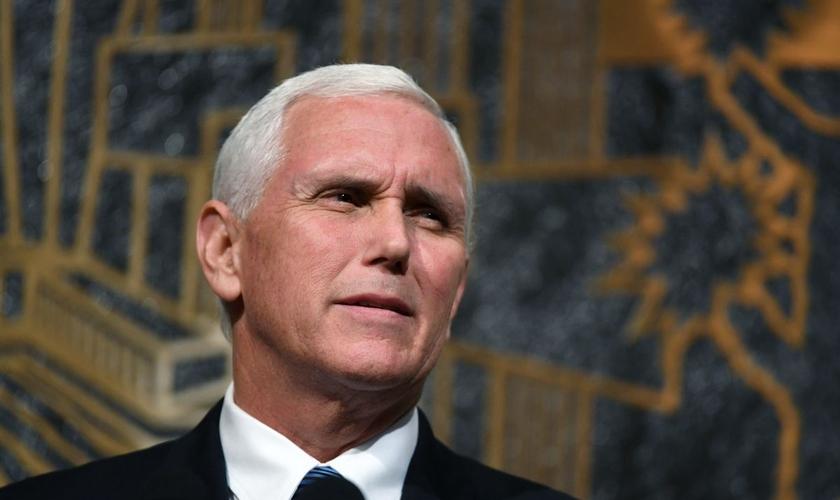 Mike Pence pretende trabalhar para o fim do aborto legalizado nos EUA. (Foto: Getty Images/Ethan Miller)