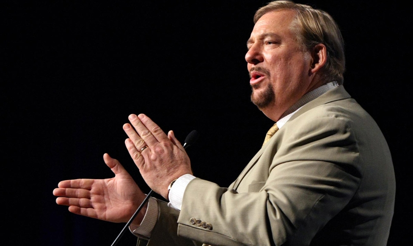 O pastor Rick Warren, líder da Igreja de Saddleback, na Califórnia, EUA. (Foto: AP Photo)