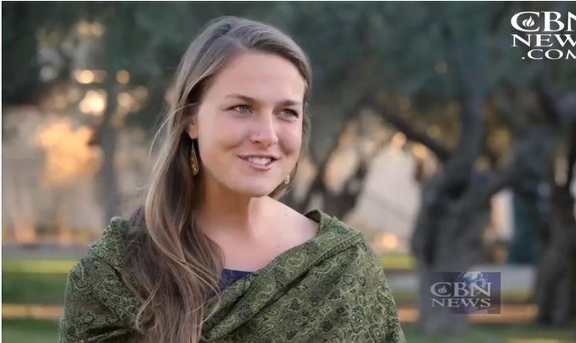 Melanie Paurus é uma das médicas voluntárias atuantes na Síria. (Imagem: CBN News)