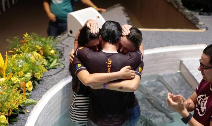 Cristian Pissaia e sua família participam da igreja desde o ano passado. (Foto: Reprodução).