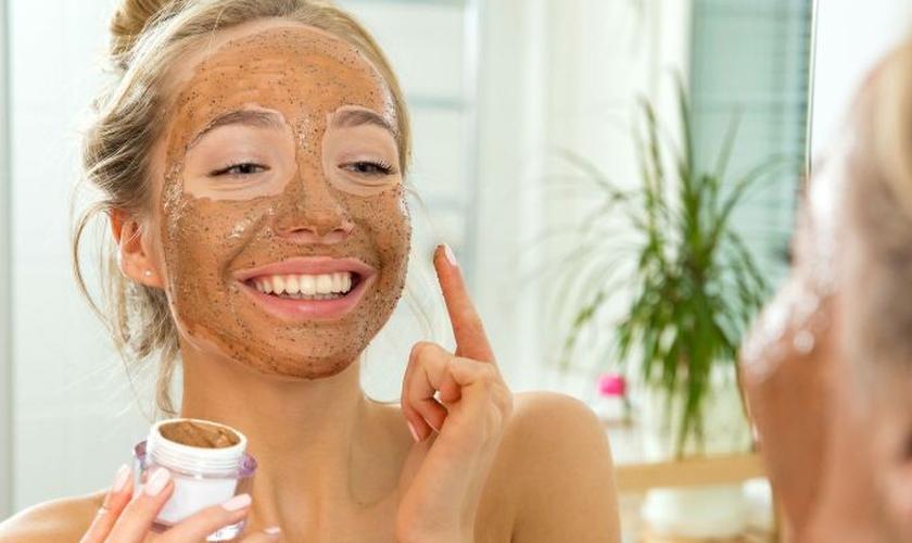 O café diminui todo tipo de inflamação, desde acne até celulite. (Foto: Sasha_Suzi/Thinkstock/Getty Images)