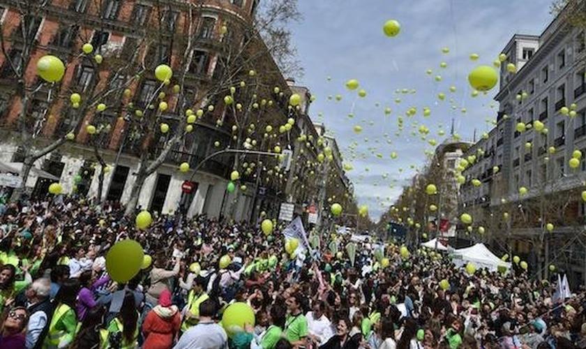 A Marcha pela Vida de Madri passou pelas principais ruas da cidade. (Foto: Evangelical Focus)