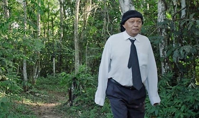 """Filme 'Ex-pajé' mostra o evangelismo como uma """"ameaça aos povos indígenas"""". (Imagem: UOL)"""