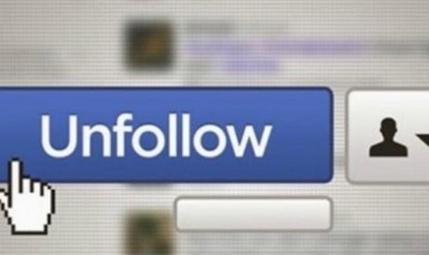 Deixar de seguir. (Imagem: Facebook)
