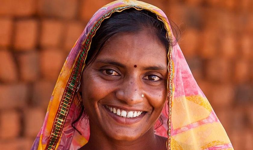 O testemunho de Andira fez com que sua vila se voltasse para Deus. (Foto: Reprodução).