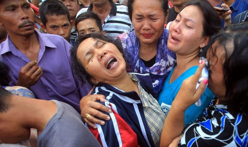 O adolescente impediu que os membros da igreja fossem mortos. (Foto: Reprodução).