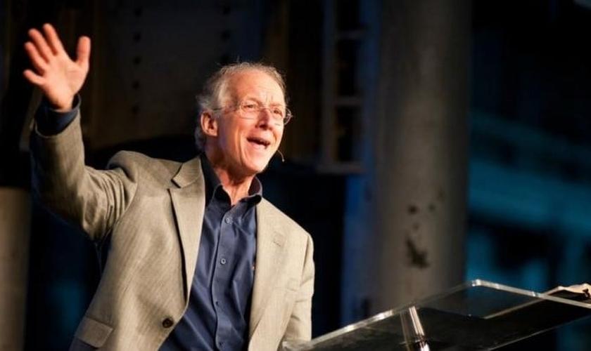 John Piper é teólogo, fundador do site Desiring God e chanceller do seminário Bethlehem. (Foto: Christian Today)
