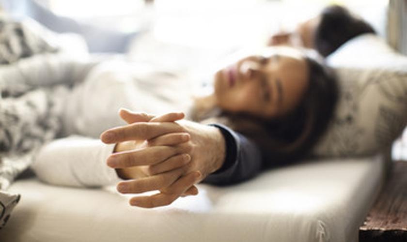 Imagem ilustrativa. Conheça os mitos sobre sexo antes do casamento. (Foto: Dissolve)