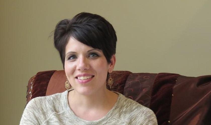 Melissa Ohden sobreviveu a uma tentativa de aborto por solução salina. (Foto: Mirror)