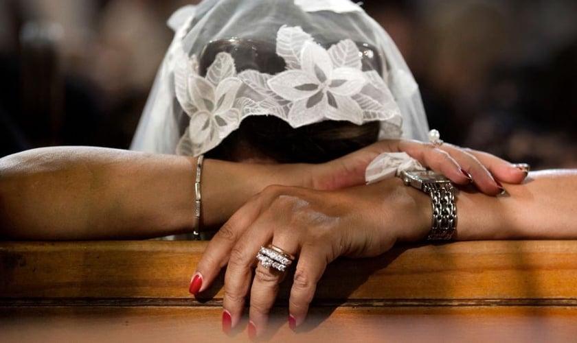 Imagem ilustrativa. Uma jovem cristã copta incentivou as pessoas a guardarem sua fé. (Foto: CBN News)