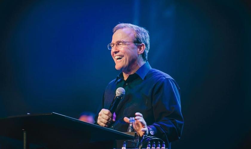 O pastor Mike Bickle é fundador da International House of Prayer em Kansas City. (Foto: Reprodução)