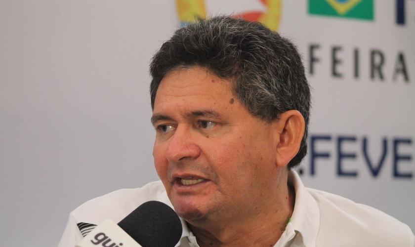Pastor Francisco Everton é o idealizador e diretor da Expoevangélica, que já ocorre há 13 anos em Fortaleza. (Foto: Levi Facó/Guiame)