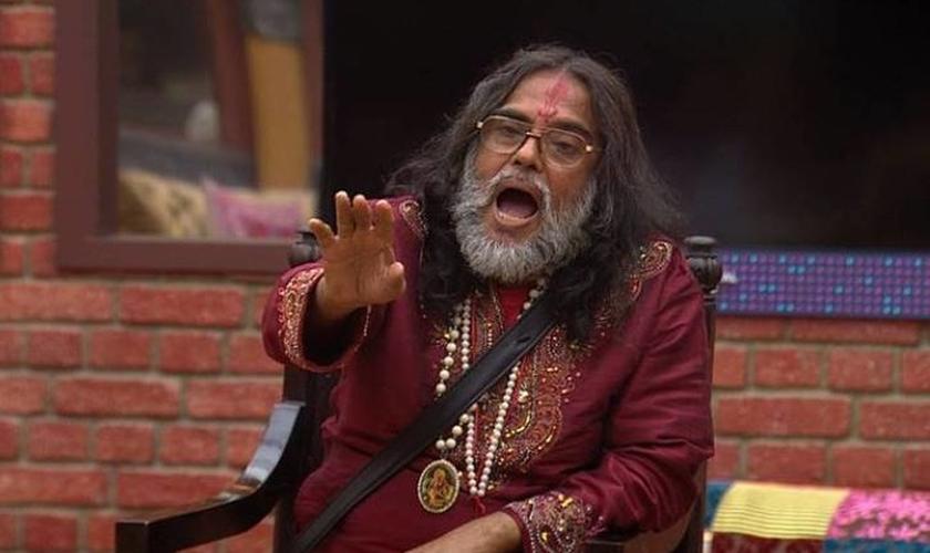 Om Swami Maharaj, proeminente líder hindu, fez ameaças aos cristãos da Índia. (Foto: Reprodução)