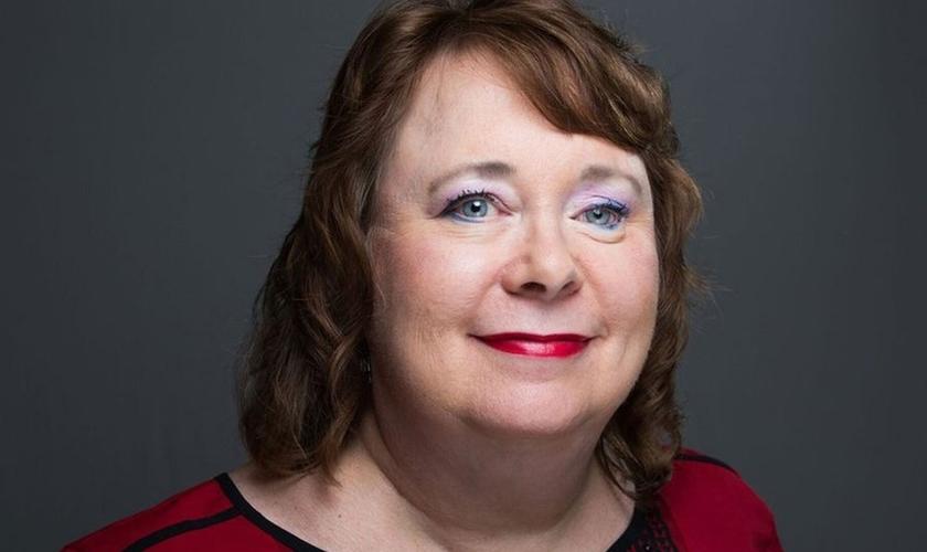 Nancy Shore passou por diversas cirurgias para restaurar o rosto, mas continua com uma bala alojada no pulmão. (Foto: Daniel Bostick)