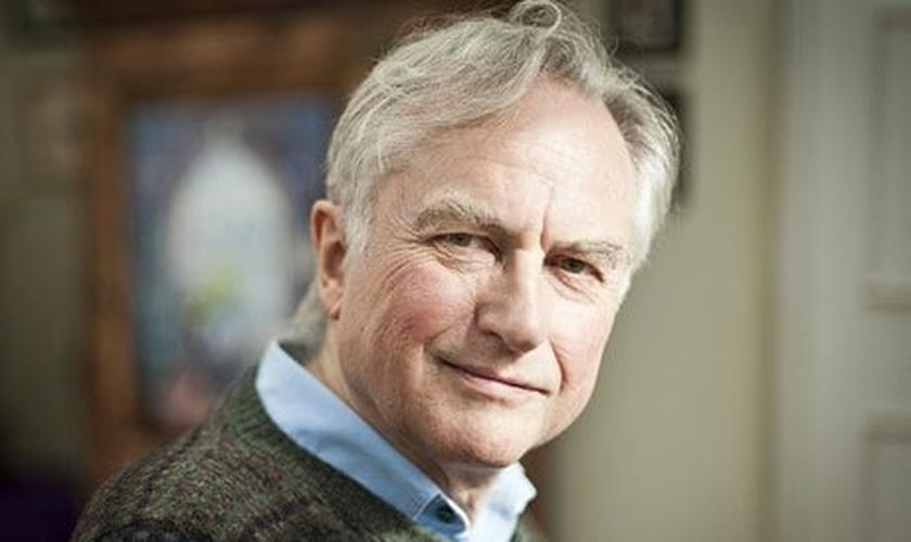 Richard Dawkins é cientista e autor conhecido por seus posicionamentos ateístas. (Foto: Strange Notions)