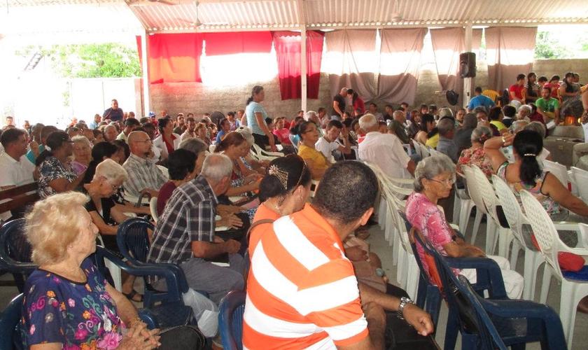 O testemunho de vida dos cristãos tem impactado familiares e vizinhos. (Foto: World Missionary Press)