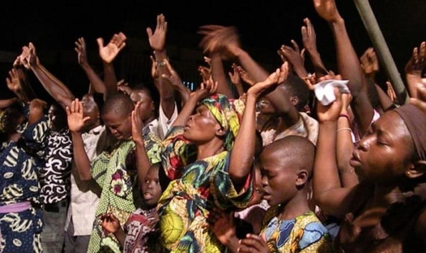 Cristãos se uniram na última quarta-feira, para clamar pelo fim do genocídio na Nigéria. (Foto: Reuters)