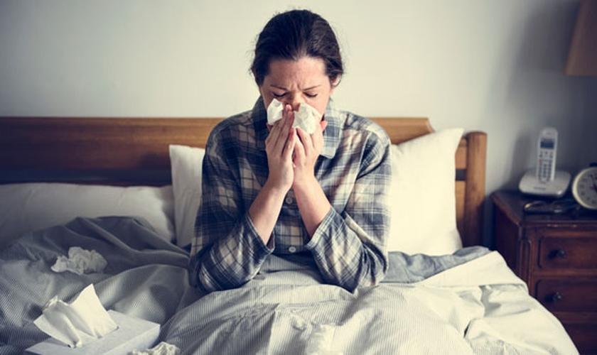 Especialistas explicam porque as pessoas ficam mais doentes no inverno. (Foto: Reprodução)