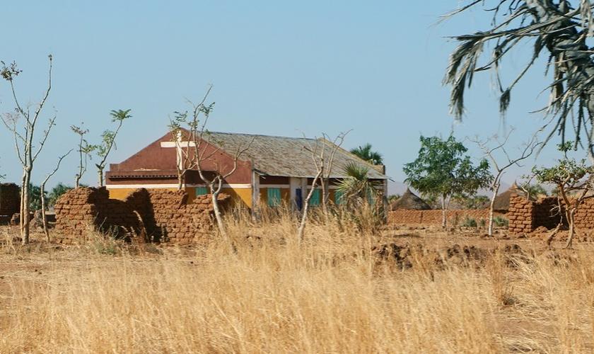 O governo do Sudão queria tomar o terreno da Igreja Sudanesa de Cristo. (Foto: WWM).