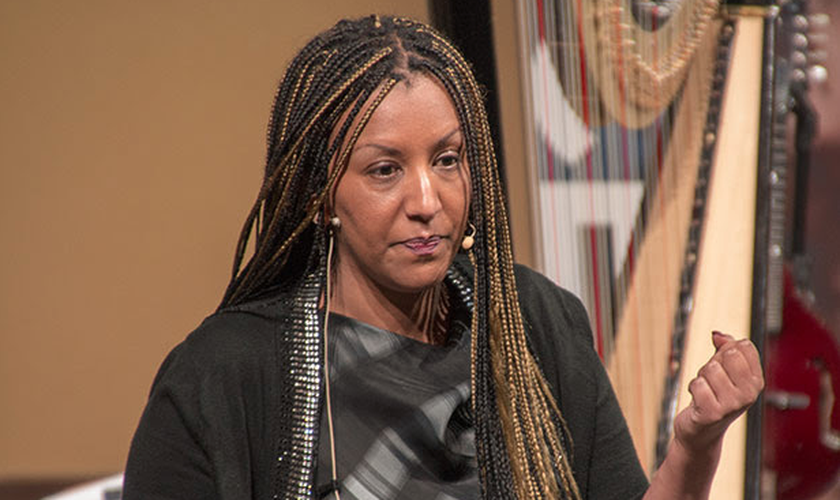 Helen Berhane passou dez meses trancada em um contêiner na Eritreia. (Foto: Voice of the Martyrs)