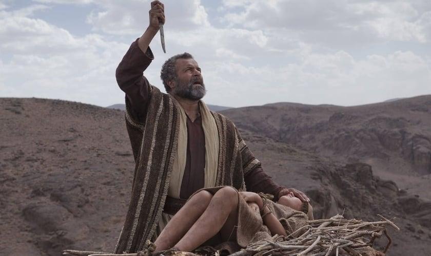 Abraão viveu a maior provação de sua vida, quando Deus pediu que ele sacrificasse seu único filho, Isaque. (Imagem: Youtube)