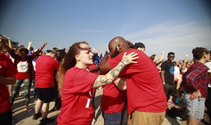 Milhares de cristãos participaram de uma grande manifestação contra o racismo nos EUA. (Foto: One Race)