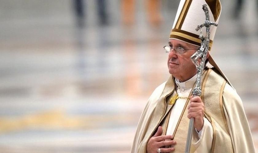 Papa Francisco enfrenta uma forte oposição por conservadores no Vaticano. (Foto: EPA)