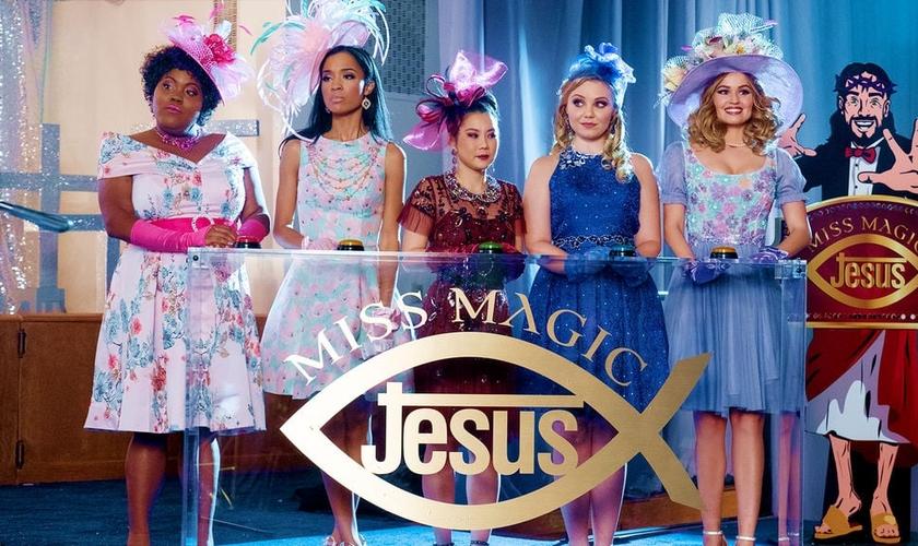 """Na série """"Insatiable"""", a personagem Patty participa do concurso """"Miss Magic Jesus"""" e fala em abortar, após suspeita de estar grávida do filho de seu pastor. (Foto: Netflix)"""