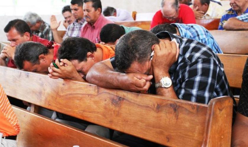 Igrejas são duramente perseguidas e atacadas no Irã. (Foto: World Watch Monitor)