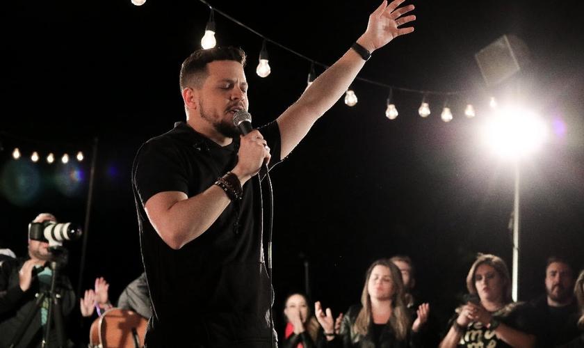 """A canção """"Teu Reino"""", muito conhecida do grupo, entrou no projeto com uma roupagem diferenciada. (Foto: Divulgação."""
