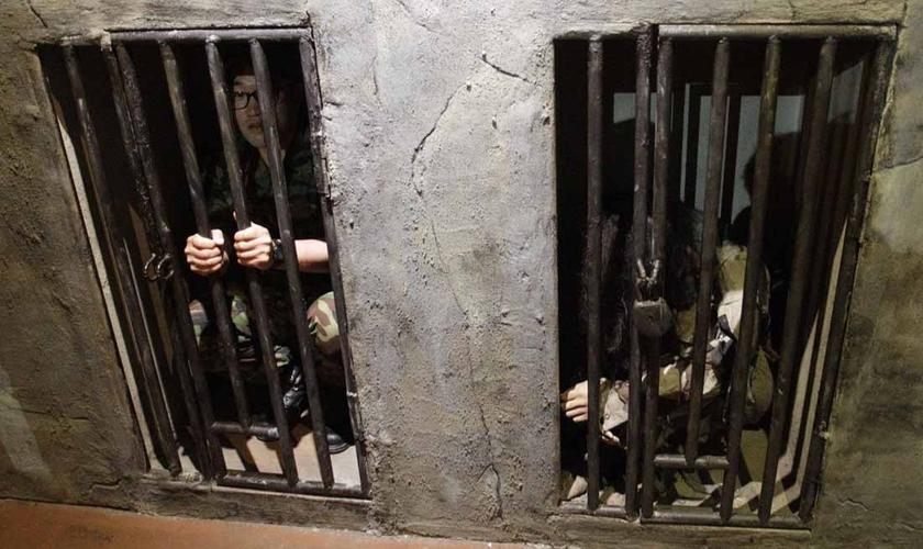 Cristãos são trancados em celas minúsculas. (Foto: Portas Abertas EUA).