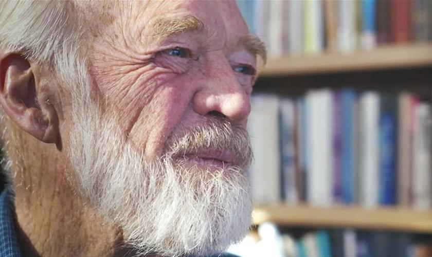 O pastor Eugene Peterson faleceu nesta segunda-feira (22) aos 85 anos. (Foto: Navpress)