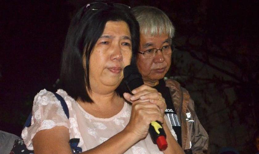 Susanna Koh, esposa do pastor Raymond Koh, escreveu uma declaração onde ressalta sua dependência de Deus. (Foto: Portas Abertas).