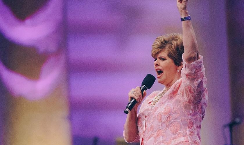 A conferencista norte-americana Cindy Jacobs declarou uma palavra de esperança sobre o Brasil. (Foto: Reprodução)