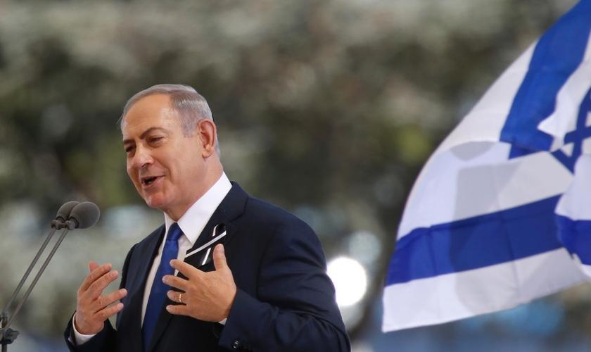 Primeiro-ministro de Israel, Benjamin Netanyahu, parabenizou o presidente eleito, Jair Bolsonaro. (Foto: Ariel Schalit/AP)