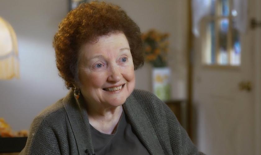 A idosa pediu sua cura em uma oração e, quando fez a próxima tomografia, verificou que a doença havia desaparecido. (Foto: Reprodução).