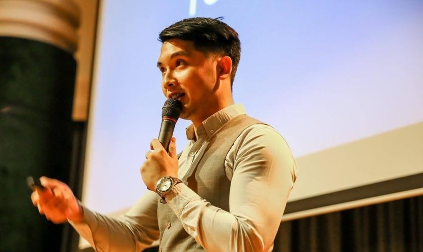 Jason Yolt deixou de ser homossexual após sofrer um grave acidente e se voltar para Deus. (Foto: Reprodução)