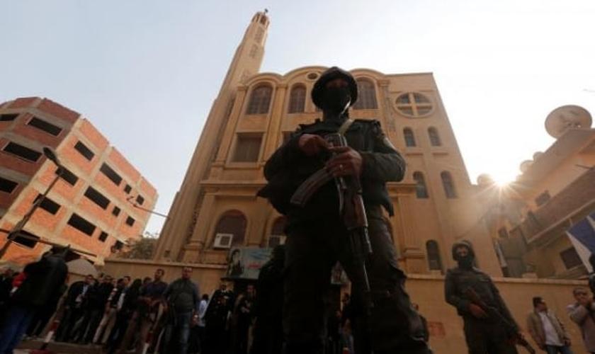 Apesar da mídia afirmar que o jovem tinha problemas mentais, os cristãos alegam que essa é uma estratégia para esconder o extremismo islâmico. (Foto:  Reuters).