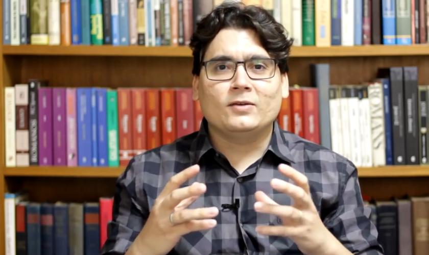 Ronaldo Vasconcelos alerta que se derrubarem os aspectos da moral cristã no Brasil, a consequência será uma nação em ruínas. (Foto: Reprodução).