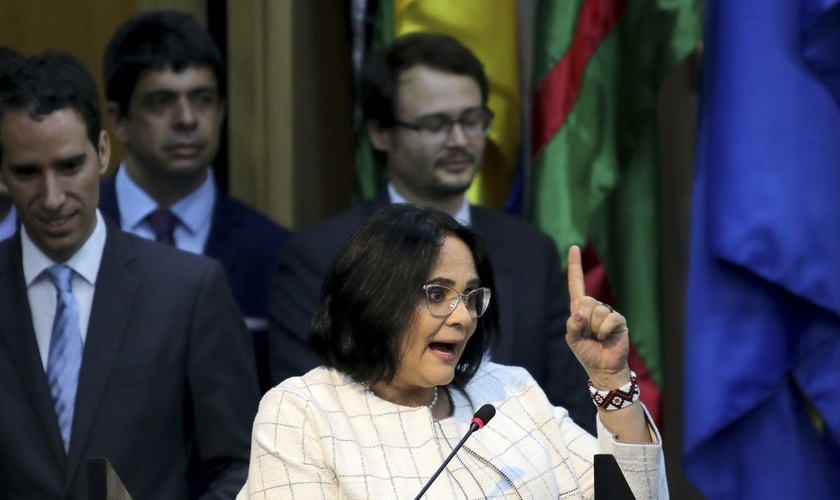Solenidade de apresentação da ministra da Mulher, Família e Direitos Humanos, Damares Alves. (Foto: Wilson Dias/Agência Brasil)