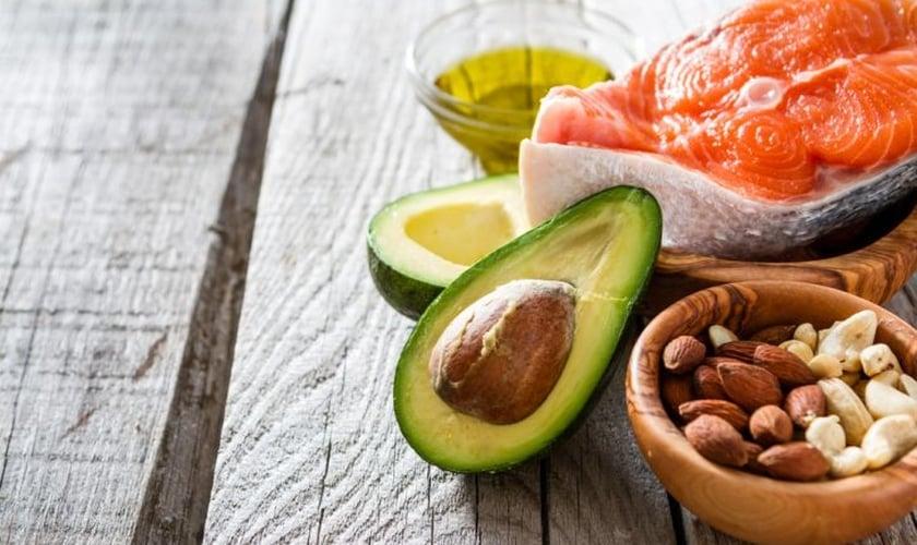 As gorduras consideradas do bem cumprem papéis importantes no organismo. (Foto: Reprodução)