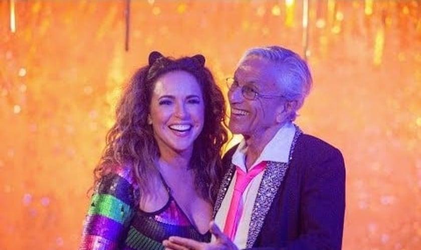 Clipe de Daniela Mercury que critica a ministra Damares tem quase o triplo de deslikes